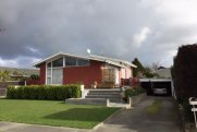 Great 3 bedroom family home, with pool and heaps more !